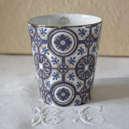Timbale précieuse Rose et Marius en porcelaine de Limoges
