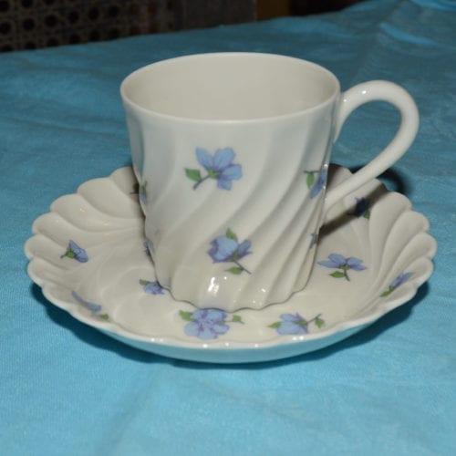 Tasse à café de la célèbre marque de porcelaine de Limoges Haviland